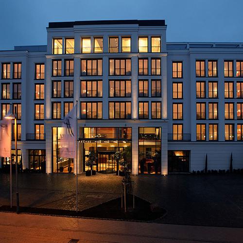 Hotelbau aus  Kieselbronn